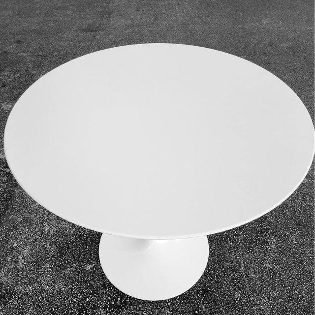 "Knoll Saarinen Tulip 42"" Dining Table - Image 2 of 4"