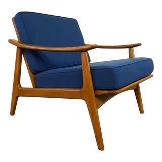 Vintage Danish Modern Lounge Chair With New Cushions For Sale