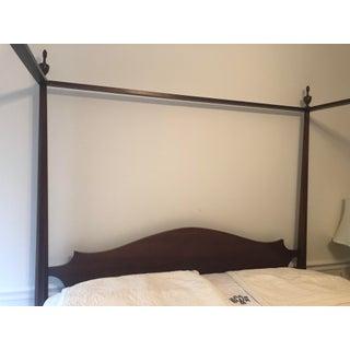 Henkel Harris Queen Mahogany Four Post Bed Preview