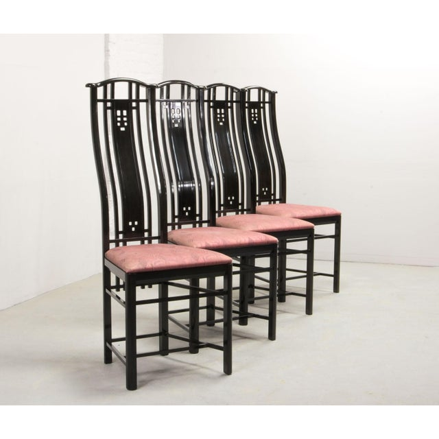 Italian Mid-Century Italian Design Black Lacquered and Pink Fabric Dining Chairs by Giorgetti, 1970s - 1980s. For Sale - Image 3 of 13