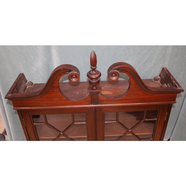 Traditional Mid-20th Century Traditional Mahogany Wall Curio Cabinet For Sale - Image 3 of 7