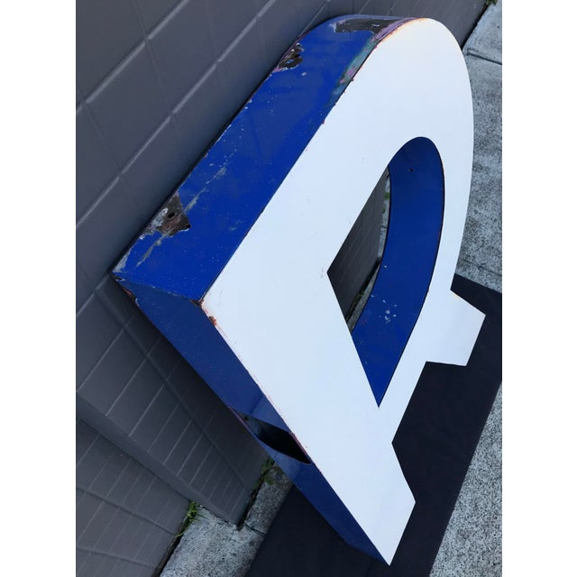 "Large Vintage Blue & White Enamel ""R"" Building Signage For Sale - Image 4 of 11"