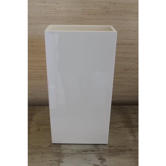 White Pacific Connection Modern Vase For Sale - Image 8 of 8