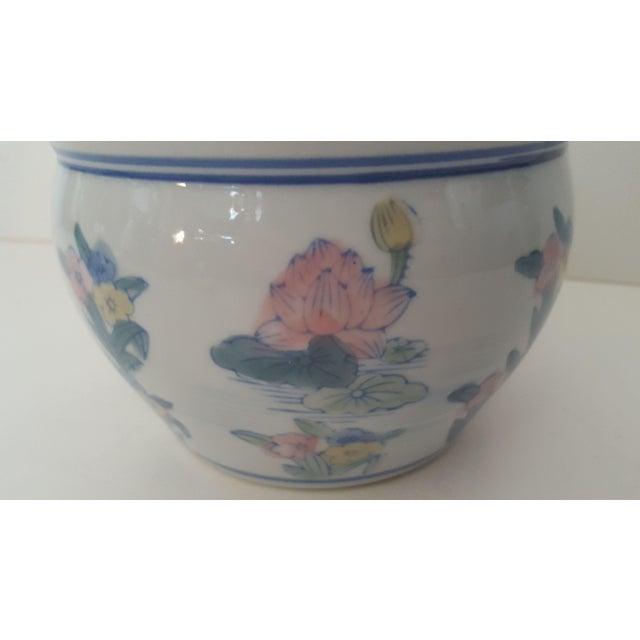 Vintage Blanc De Chine Asian Lotus Flower Cachepot - Image 4 of 8