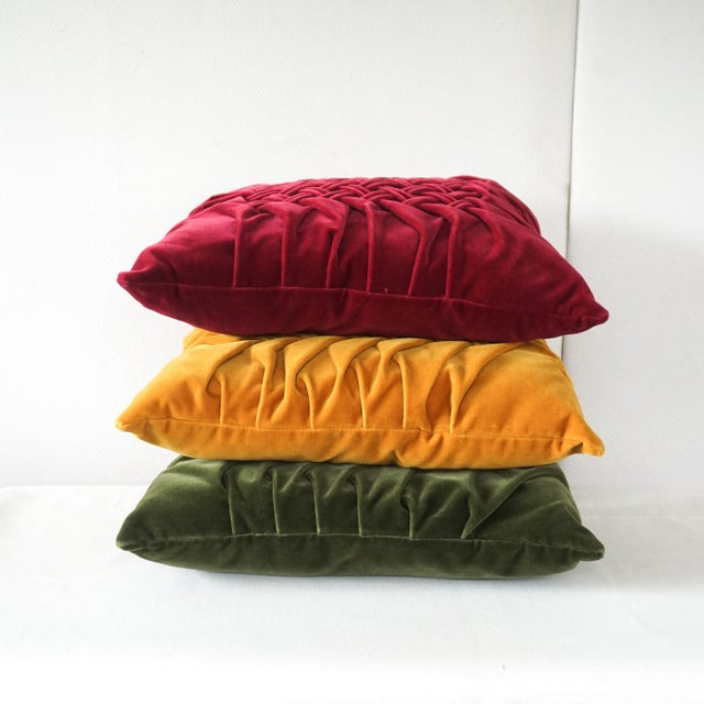 Velour Lattice Pattern Pleated Pillows - Set of 3 For Sale - Image 4 of 9