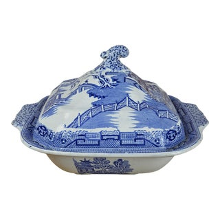 19th Century Square Blue Willow Serving Bowl With Lid For Sale