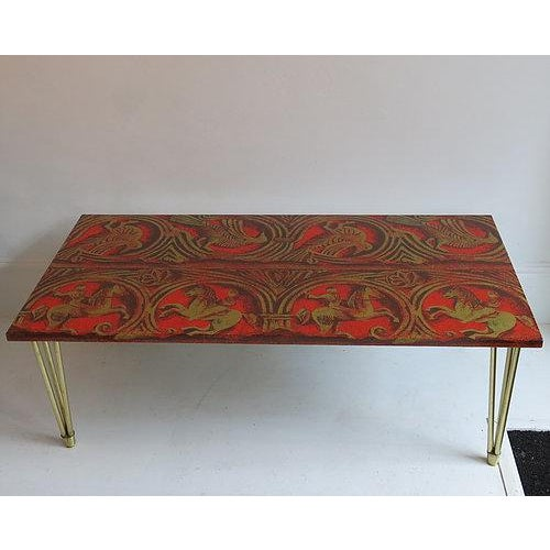 Italian Red Lacquered Linen and Gold Coffee Table Italian C1950 For Sale - Image 3 of 3