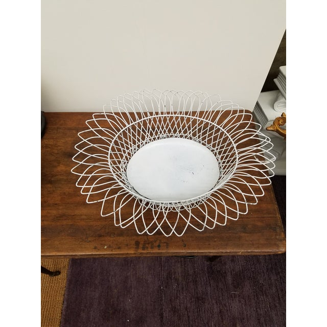1950s 1950s French Style White Oval Wireware Cachepot With Liner For Sale - Image 5 of 5