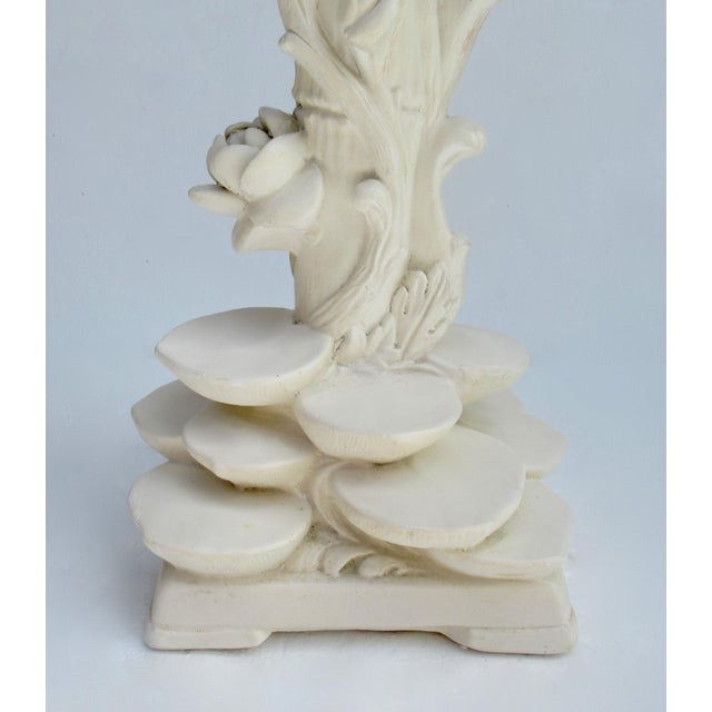Metal C1970s Vintage Asian-Style, Chinoiserie Plaster Carved Tiered Water Lily-Pad Orchid Lamp For Sale - Image 7 of 13