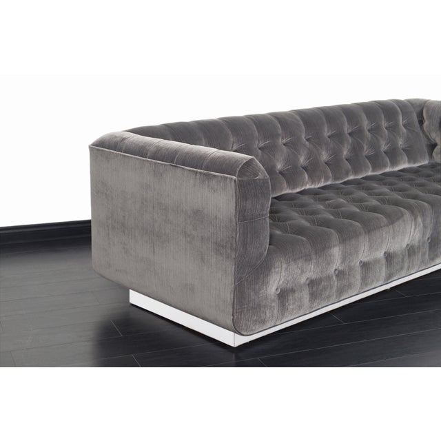 Mid-Century Modern Vintage Tufted Chrome Sofa by George Kasparian For Sale - Image 3 of 10