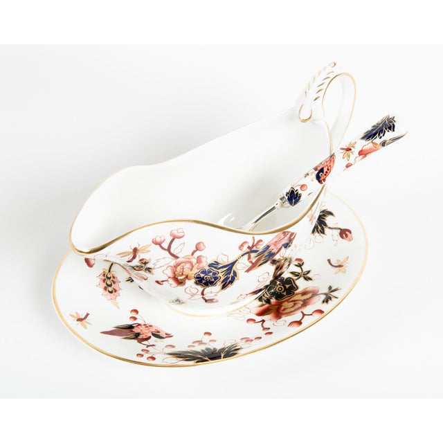 English Traditional English Porcelain Tureen Set of 4 For Sale - Image 3 of 7