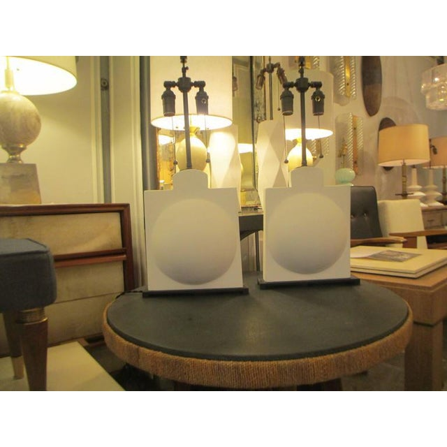 2000 - 2009 Pair of Modern Sculptural Plaster Lamps For Sale - Image 5 of 7