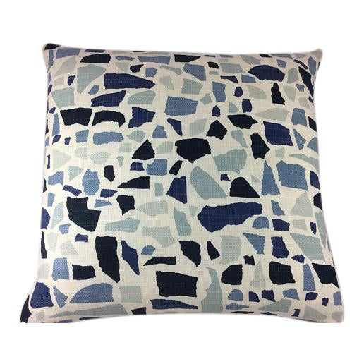 """Duralee Hc Monogram/LuLu Dk Designs """"Abstractions"""" in Marine Pillows - a Pair For Sale - Image 4 of 4"""