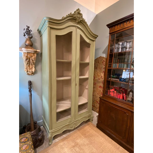 19th Century French Painted Bonnetiere For Sale In Dallas - Image 6 of 8