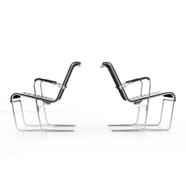 Breuer lounge chairs model 313 examples are from a 1932 design, these are 1980s production, and are no longer available....