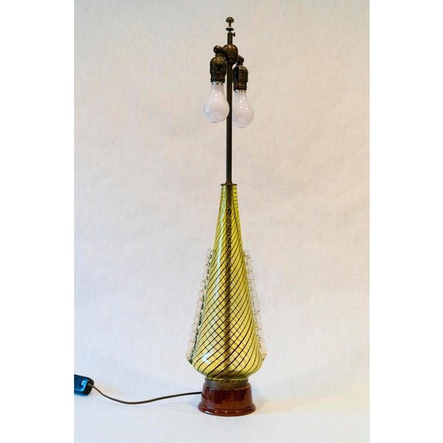 Hollywood Regency 1950s Dino Martens (For Aureliano Toso) Murano Glass Table Lamps - a Pair For Sale - Image 3 of 8