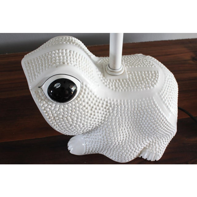 Vintage Italian White Ceramic Hobnail Frog Lamp With Hand Painted Shade in the Style of Jean Roger For Sale - Image 9 of 11