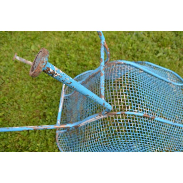 Russell Woodard Sculptura Wire Patio Chairs, Set of 4, in As-Found Sea Sky Blue For Sale - Image 9 of 13