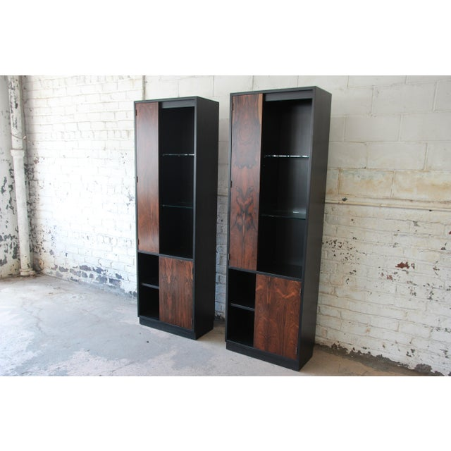 Harvey Probber Harvey Probber Rosewood and Ebonized Wood Display Cabinets, Pair For Sale - Image 4 of 11