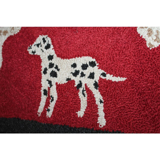 1920s Hand Hooked and Mounted Pictoral Dogs Rug - Image 5 of 5