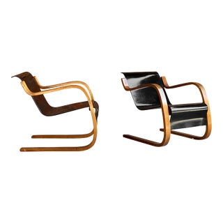 Alvar Aalto Model 31 Armchairs for Finmar Finland, circa 1930s - A Pair For Sale