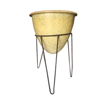 Mid-Century Wire Iron Tripod Plant Stand W/ Fiberglass Planter For Sale
