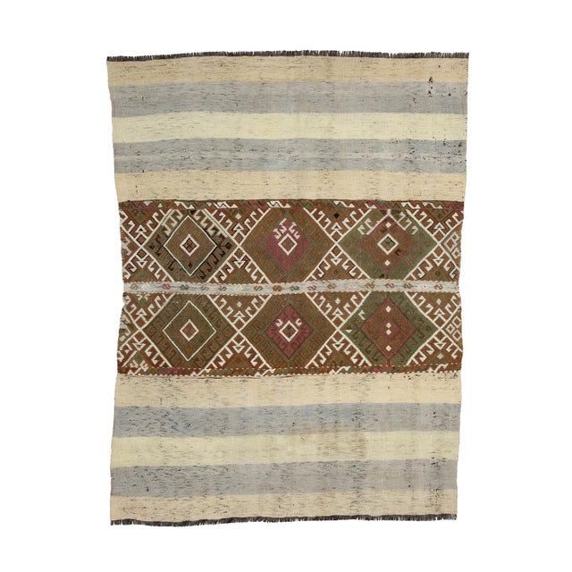 Textile Mid 20th Century Vintage Small Kilim Rug-4′3″ × 5′9″ For Sale - Image 7 of 7
