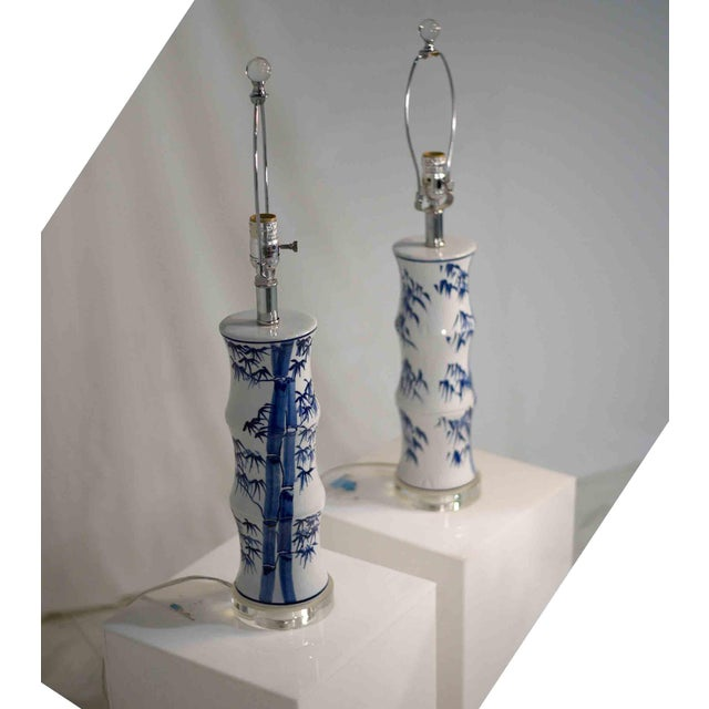 Wood Contemporary Chinoiserie Blue and White Bamboo Motif Table Lamps - a Pair For Sale - Image 7 of 9