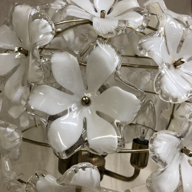 Vintage 1960s White and Gold Flower Chandelier For Sale - Image 4 of 8
