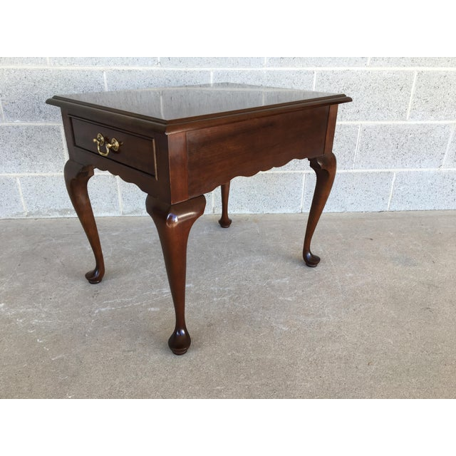 Queen Anne Stickley Cherry Valley Queen Anne Style Side Table For Sale - Image 3 of 9