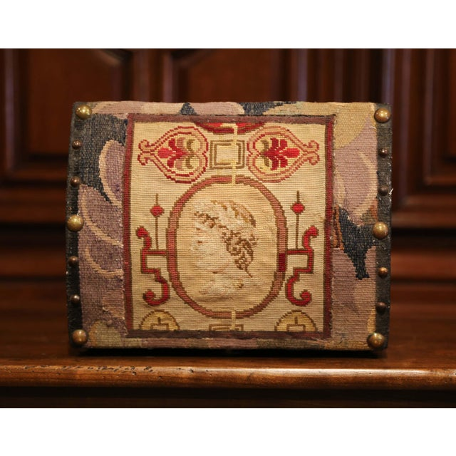 French Decorative Bombe Box With 18th Century Needlepoint Tapestry by J. Lamy For Sale - Image 3 of 11