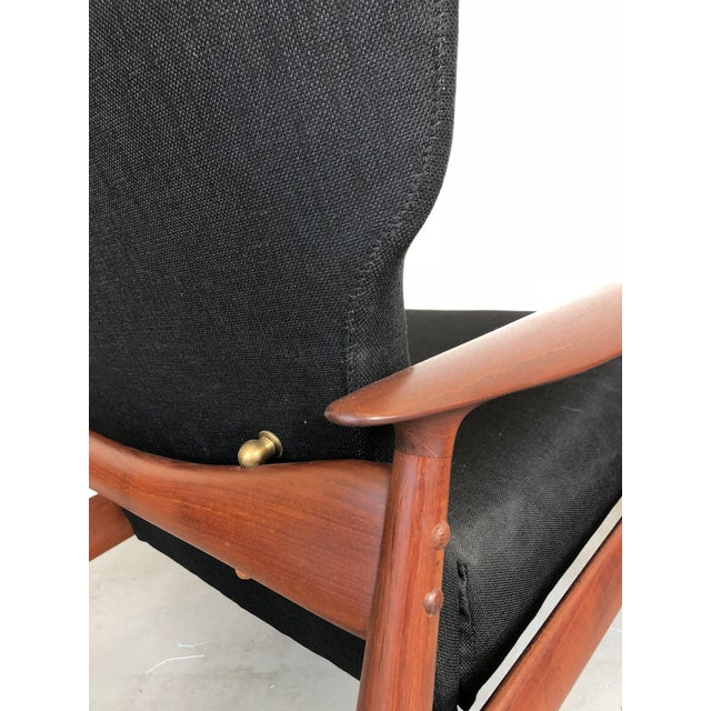 Gold 1960s Danish Modern Reclining Lounge Chair and Ottoman - 2 Pieces For Sale - Image 8 of 13