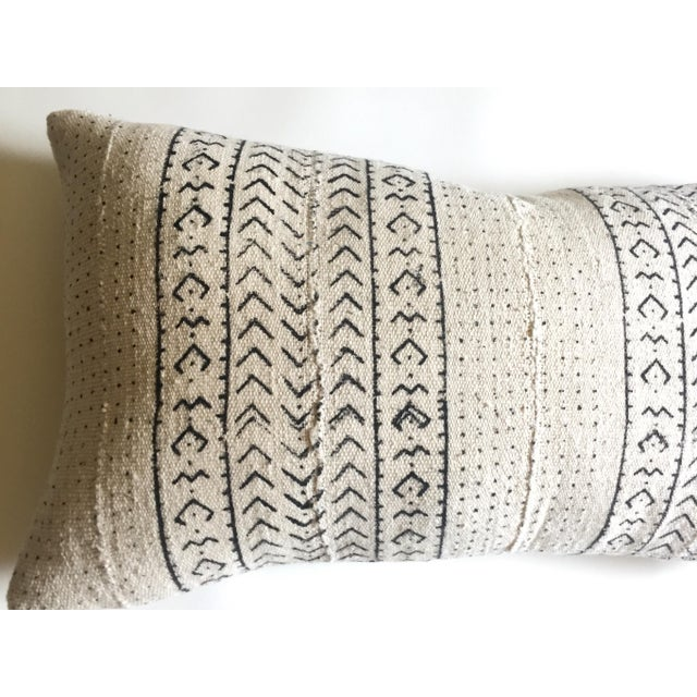 White & Black Mudcloth Pillow Cover - Image 4 of 9
