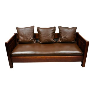 20th Century Vintage Gustav Stickley Settle #225 Even Arm Brown Leather Sofa For Sale