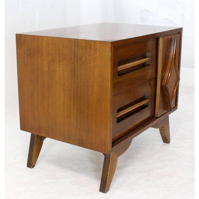 Lacquer Mid-Century Modern Walnut Nightstands - a Pair For Sale - Image 7 of 10