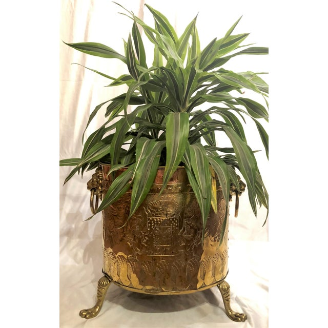 "English Traditional Antique English Rare Design ""Armorial"" Brass and Copper Log Bin, Circa 1820-1840. (Shown Here as a Jardiniere Also) For Sale - Image 3 of 4"