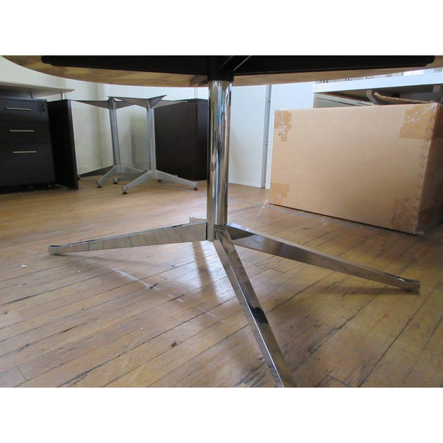"""Mid-Century Modern Florence Knoll 78"""" Calacatta Marble Top Oval Table Desk For Sale - Image 3 of 8"""