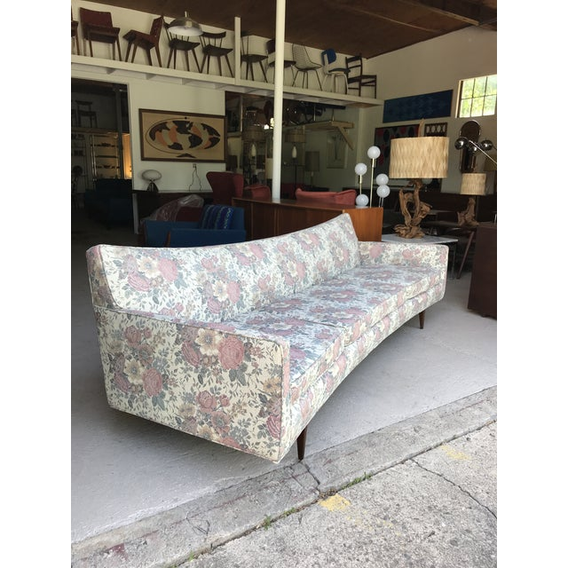 "Paul McCobb 97"" Mint Condition Curved Front Sofa Mid Century McCobb Style For Sale - Image 4 of 12"