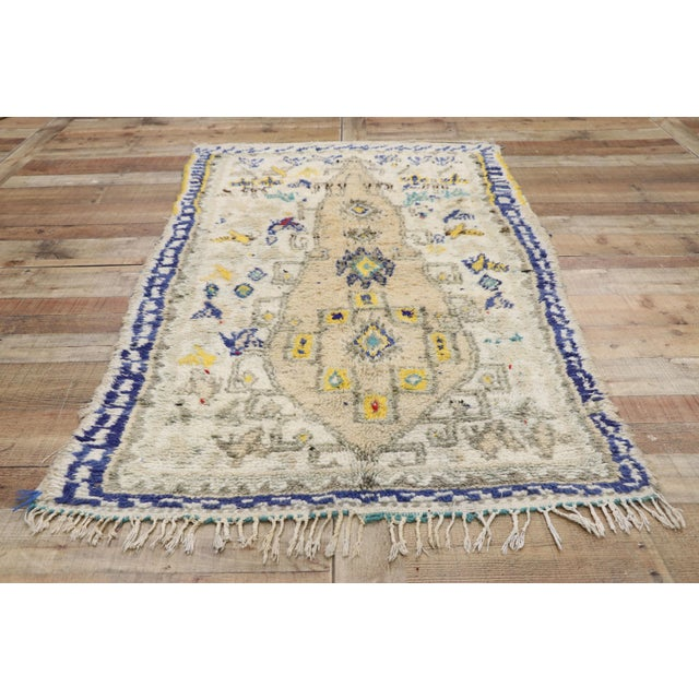Late 20th Century Vintage Berber Moroccan Azilal Rug- 3′6″ × 6′2″ For Sale - Image 5 of 10