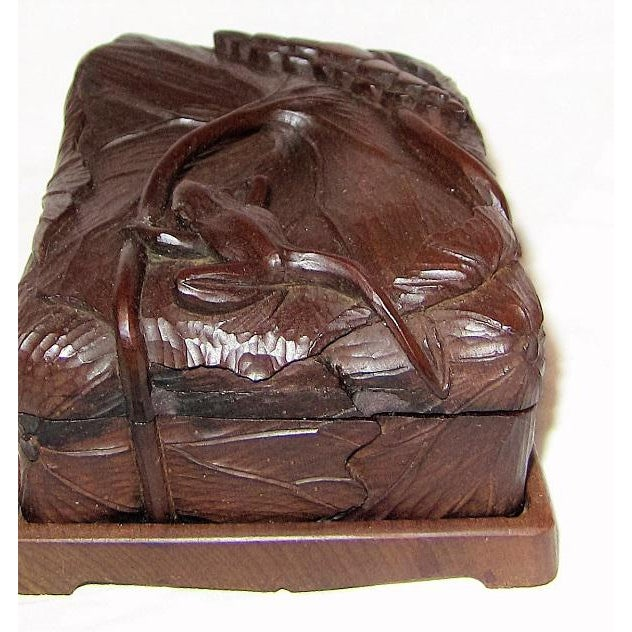 Wood 19c Japanese Carved Frog and Waterlily Wooden Box For Sale - Image 7 of 11