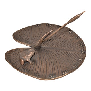 Vintage Brass Lily Pad Sundial from White Swan For Sale