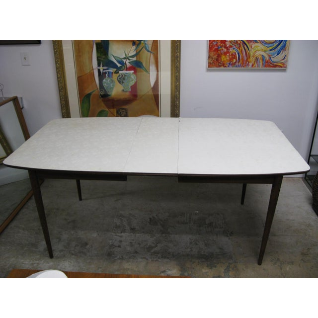 Mid Century American of Martinsville Walnut Dining Table For Sale In Charleston - Image 6 of 10