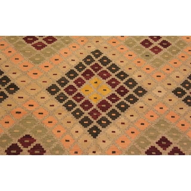 Textile Raymon Gray/Black Hand-Woven Kilim Wool Rug -5'4 X 6'8 For Sale - Image 7 of 8