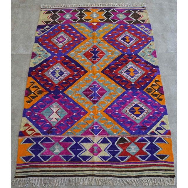 Boho Chic Turkish Hand-Made Kilim Rug - 4′2″ × 6′5″ For Sale - Image 3 of 9