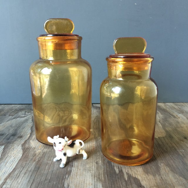 Vintage Amber Glass Storage Jars - A Pair - Image 3 of 4