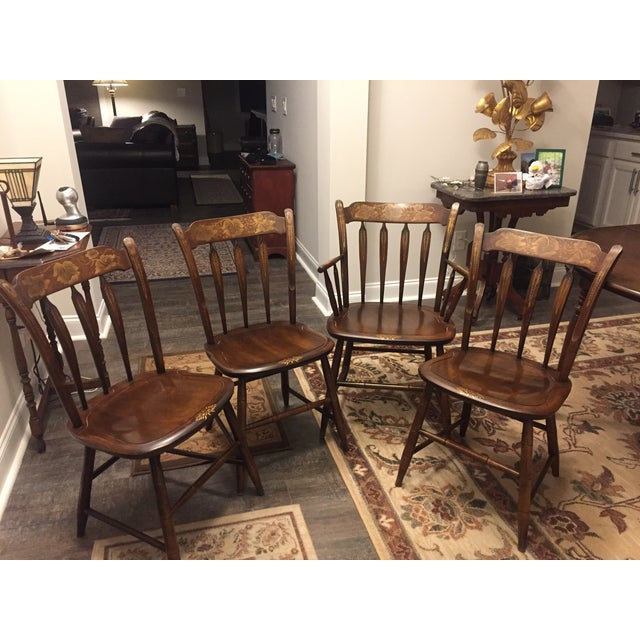 Vintage hitchcock dining table with 4 chairs chairish for Cie 85 table 4