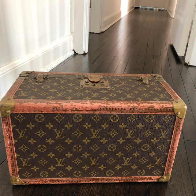 1980s French Louis Vuitton Canvas and Leather Train Case For Sale - Image 10 of 12