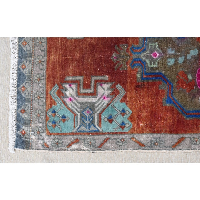 """Abstract Early 20th Century Turkish Accent Rug - 1'10"""" X 3'7"""" For Sale - Image 3 of 8"""