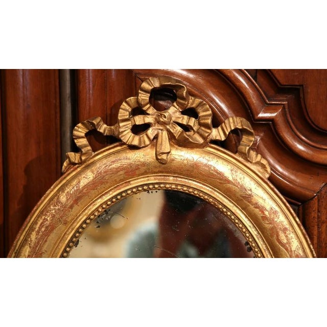 Giltwood 18th Century French Louis XVI Oval Gilt Ribbon Bow Mirrors - a Pair For Sale - Image 7 of 9