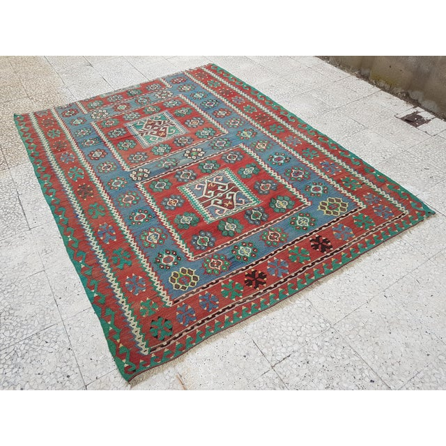 Vintage Turkish Kilim Rug 66.53'' x 87.4'' / 169x222cm Hand woven with high quality pure wool Excellent condition From...